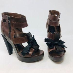Marni Leather Gladiator Heels 3-378-92319